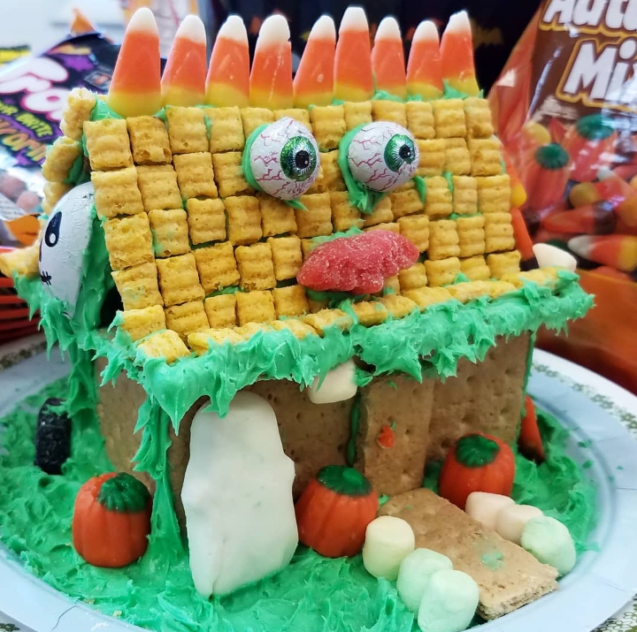 Haunted Cookie Houses - Sold Out!