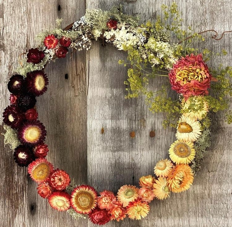 SOLD OUT Dried Flower Wreath Design